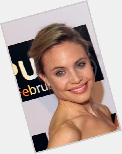 Leah Pipes birthday 2015
