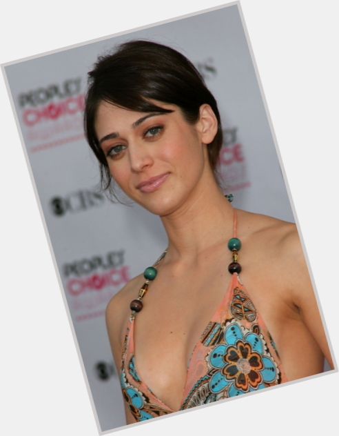 Lizzy Caplan birthday 2015