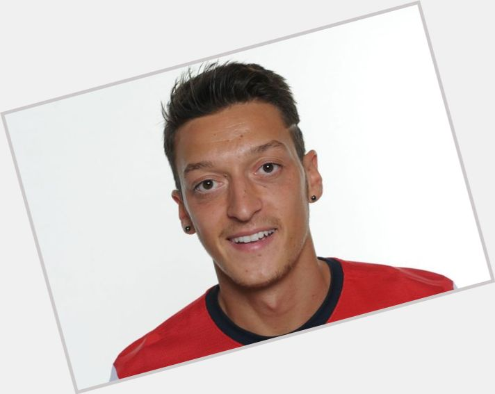 Mesut Ozil birthday 2015