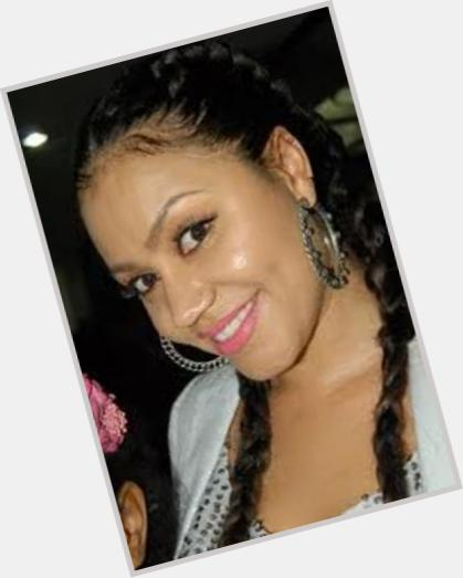 Nadia buari dating som