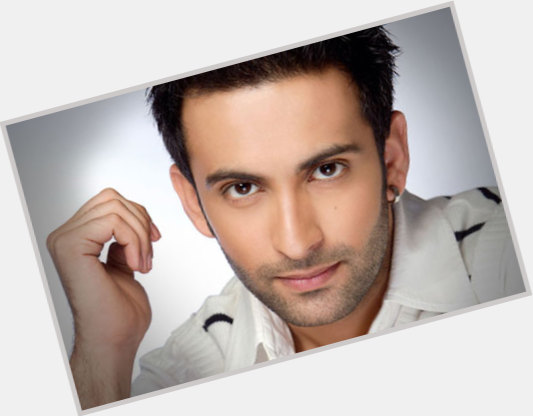 Nandish Sandhu birthday 2015