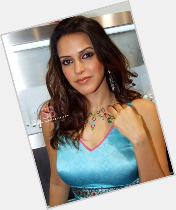Neha Dhupia birthday 2015