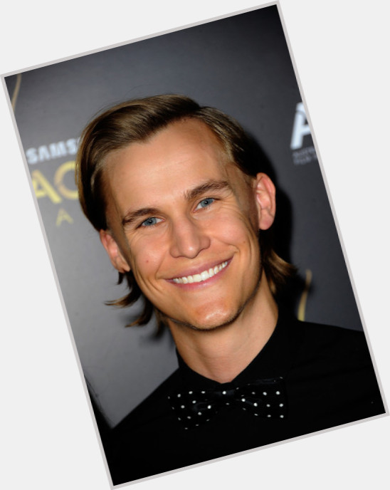 rhys wakefield height