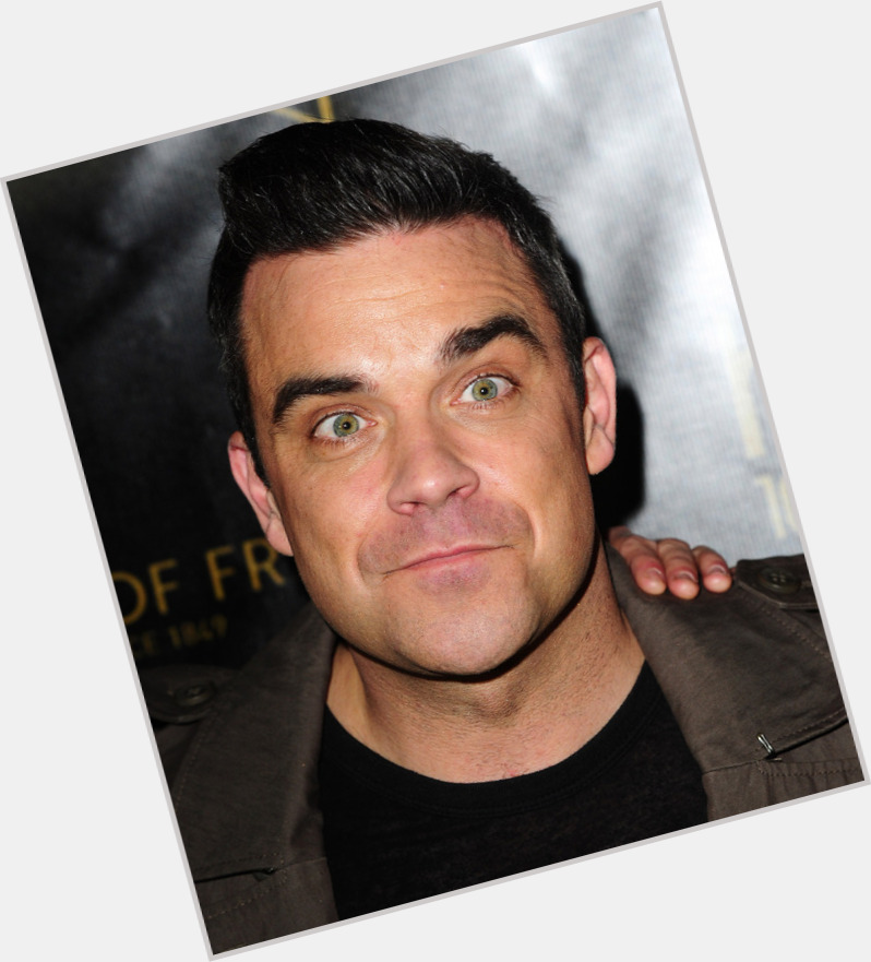 Robbie Williams Shirt Off 0