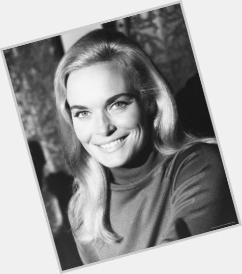 shirley eaton gold 1