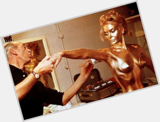 shirley eaton gold 9