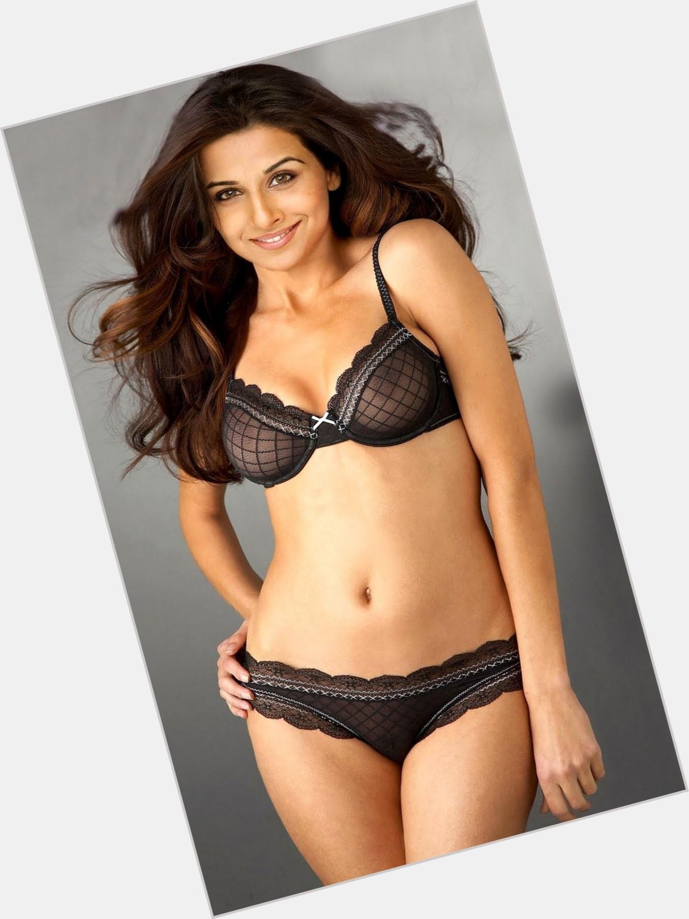Gina Lollobrigida Body Height Weight Bra Size