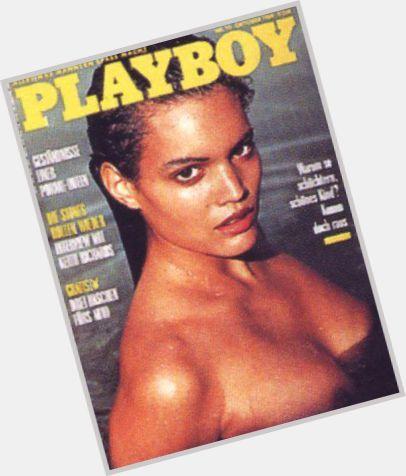 Claire Tully nackt, Oben ohne Bilder, Playboy Fotos, Sex