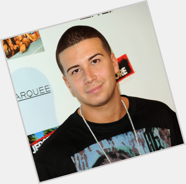 Vinny guadagnino dating 2013 grunner til å bli en datingside